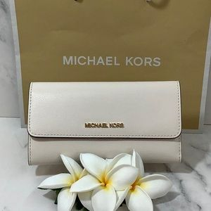 NWT- Michael Kors Trifold Wallet
